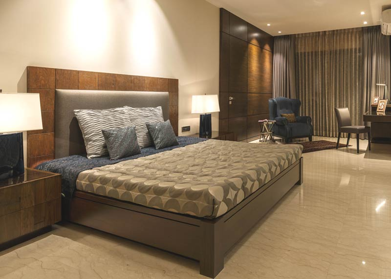 Buy high quality home furniture in andherimumbai for Home decor furniture mumbai